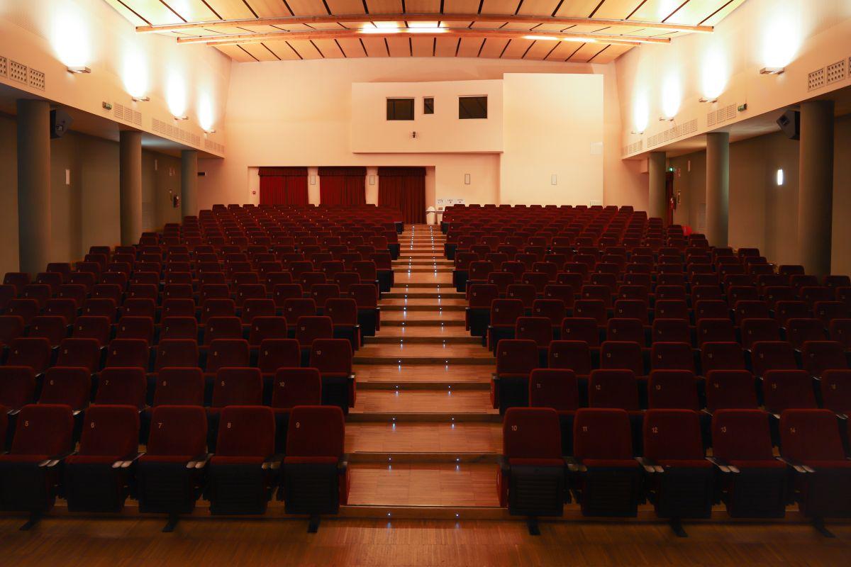 cineteatroGavazzeni-interior-01