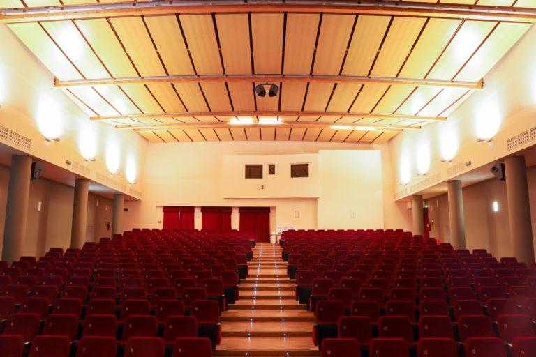 cineteatroGavazzeni-interior-02